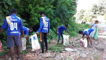 Parishioners hold Cleanliness Drive on Gandhi Jayanthi