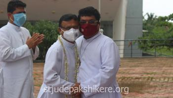 Fr. Stany Fernandes arrived as Resident Priest (Socius)